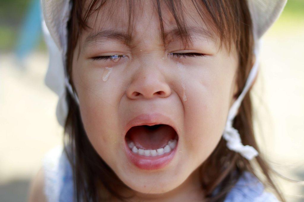 幼児(2歳児)の泣き顔
